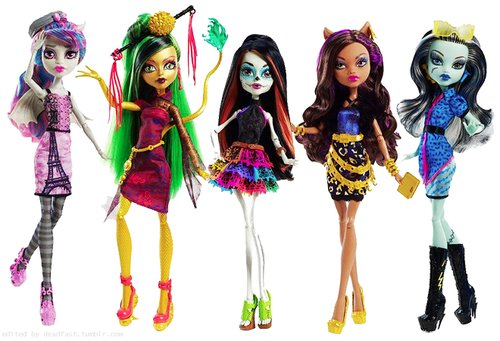Monster High Dolls Steal Barbie's Crown